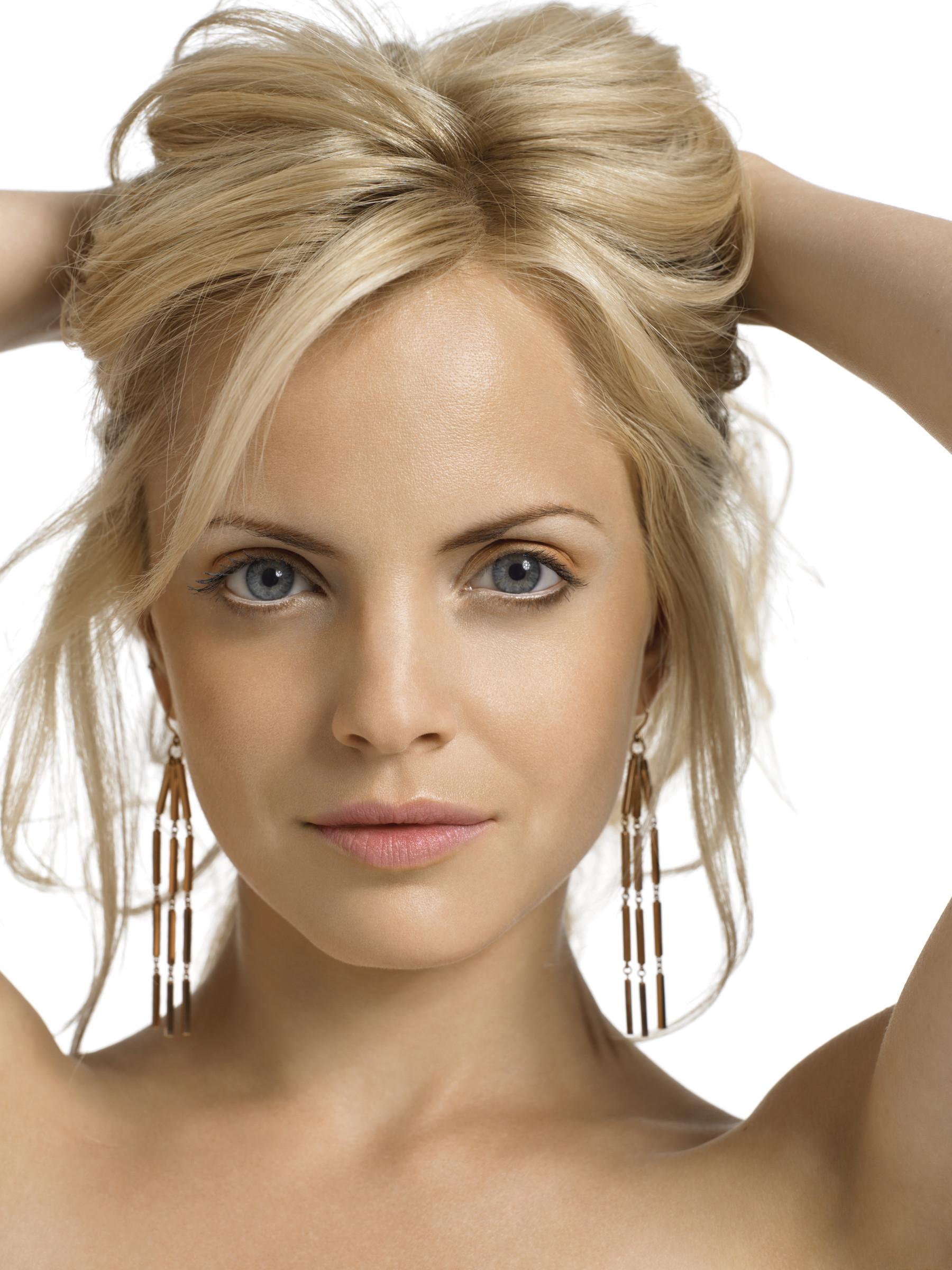 Blonde Messy hair
